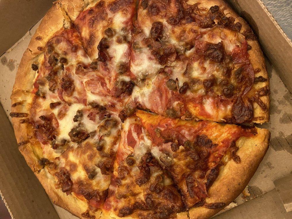 Eubank Pizza Somerset: 4546 S Hwy 27, Somerset, KY