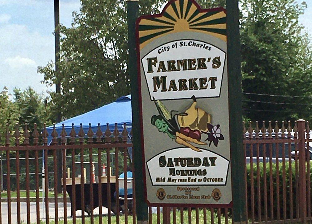 St. Charles Farmer's Market: 500 Riverside Dr, St Charles, MO
