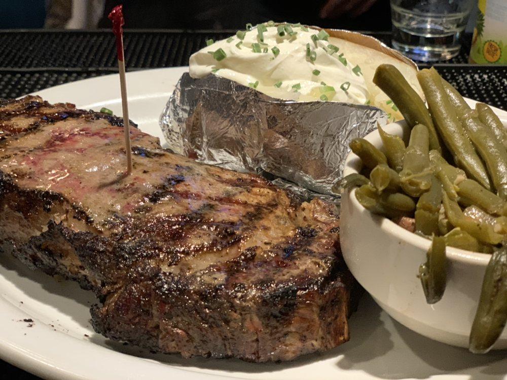 Gabby Goat American Pub & Grill: 303 E Fayette Ave, Effingham, IL