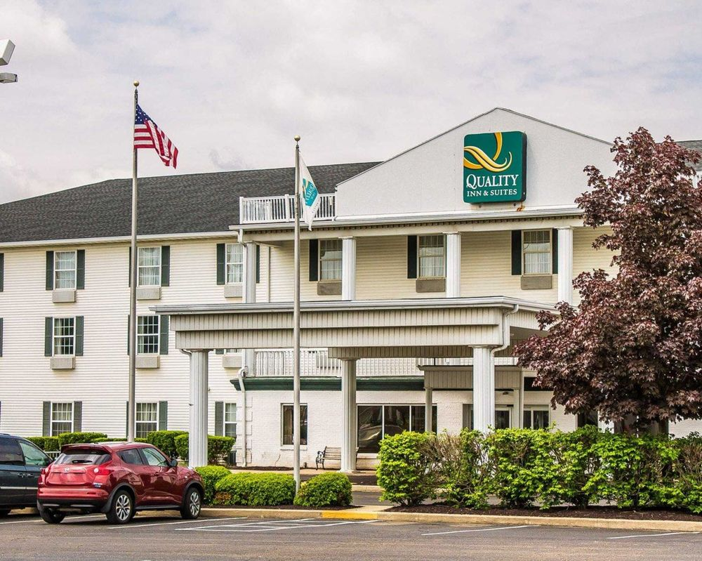 Quality Inn & Suites Bellville - Mansfield: 1000 Comfort Plaza Drive, Bellville, OH
