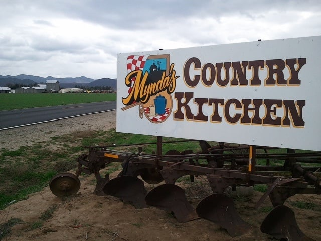 Country Kitchen Hemet