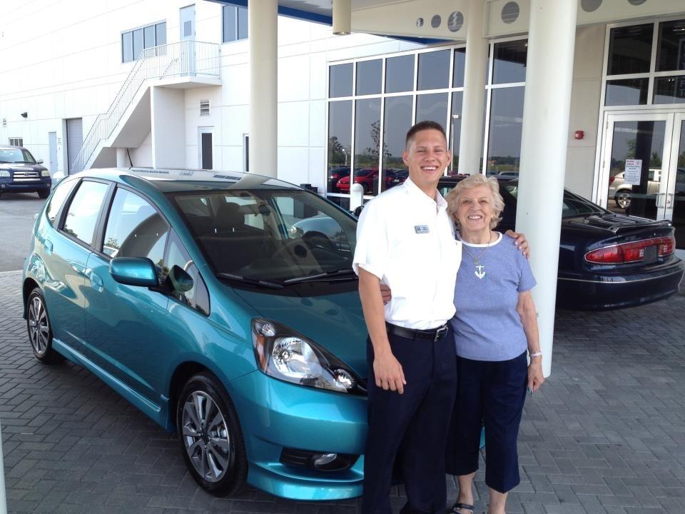 Headquarter honda 35 photos 31 reviews dealerships for Honda dealership clermont fl