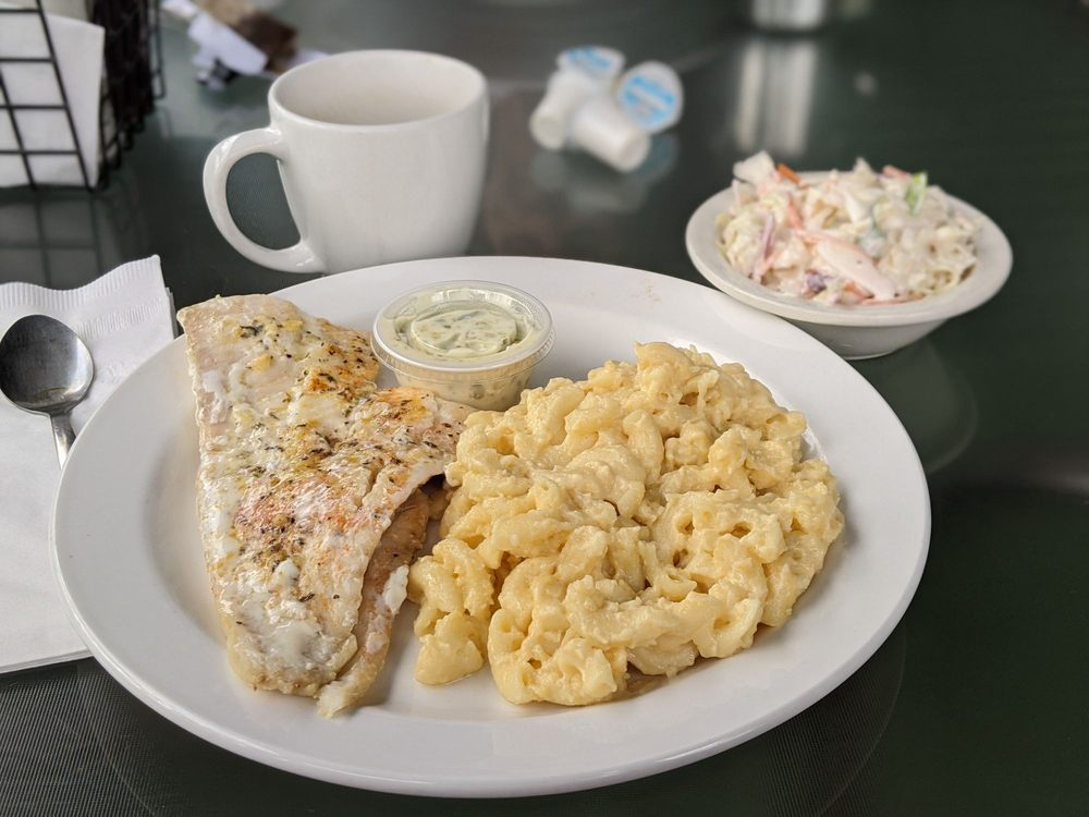 Shore Diner: 1211 Allegheny St, Jersey Shore, PA