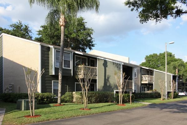 Coopers Pond Apartments Tampa Fl