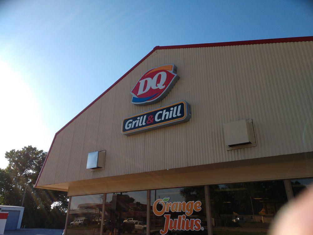 Dairy Queen: 1038 Washington St, Blair, NE