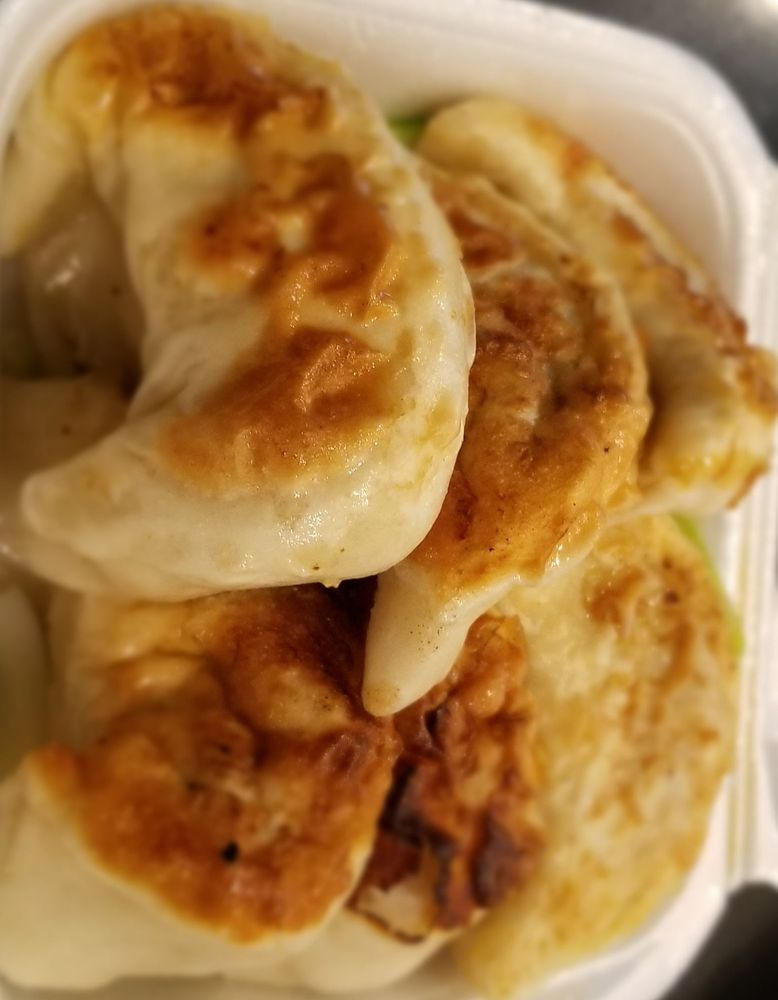 China Moon Restaurant: 315 3rd St, Marysville, CA