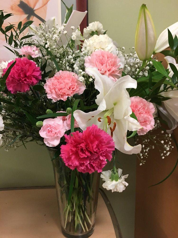 Blooming Belles: 1040 N Main St, Belle Glade, FL