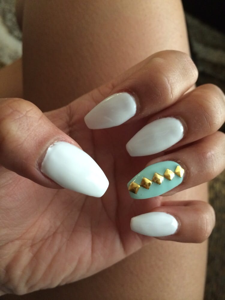 Acrylic with tapered medium length nails and shellac gel ...