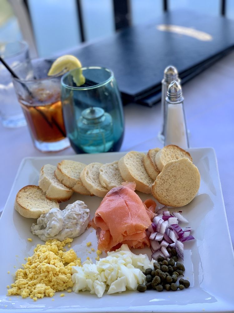 Old Tavernier Restaurant & Lounge