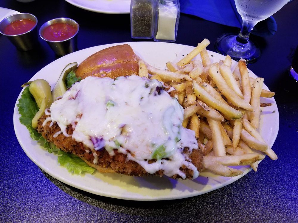 Dino's Bar and Grill: 5962 Ashworth Rd, West Des Moines, IA