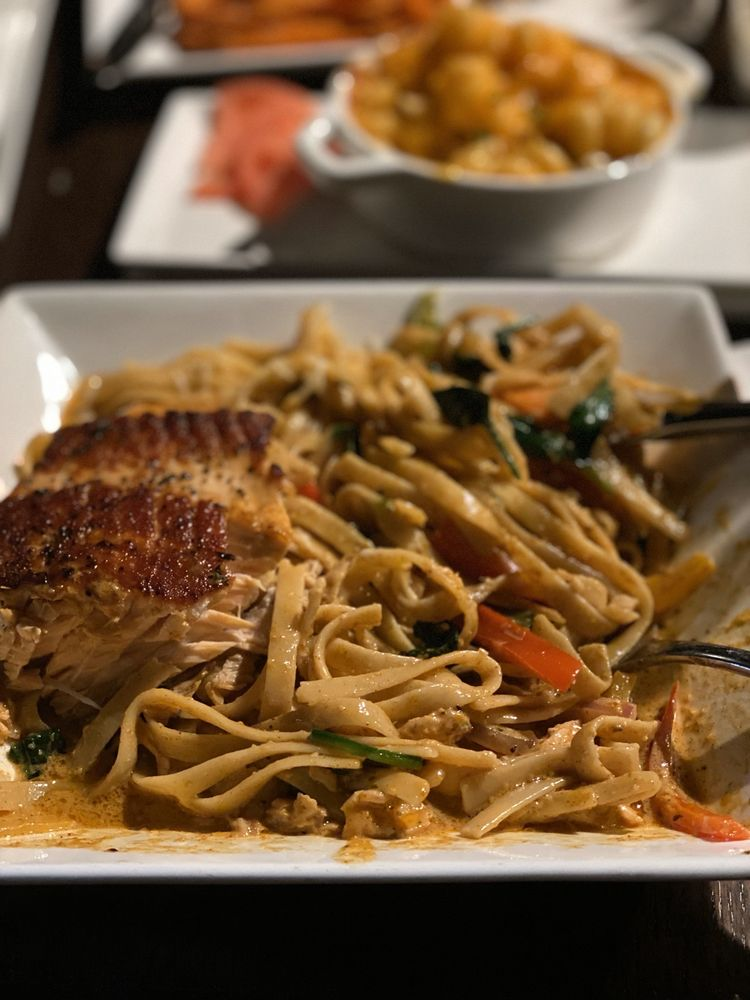 The Society Restaurant and Lounge: 8229 Georgia Ave, Silver Spring, MD