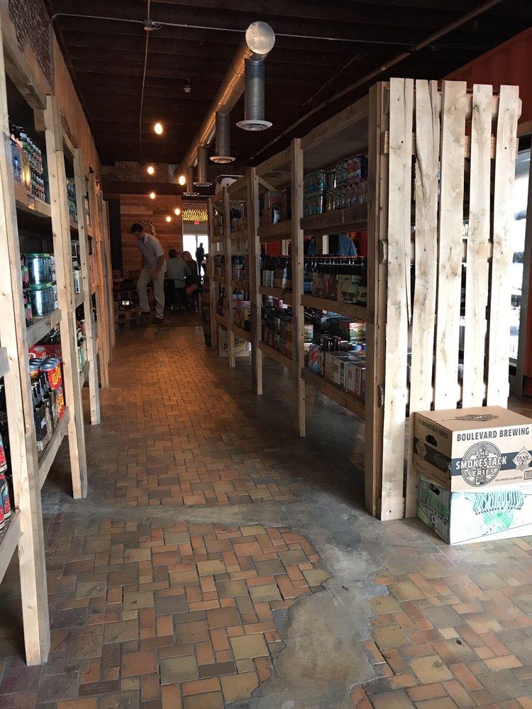 Alewife Craft Beer Bottle Shop & Tasting Room: 1035 Park St, Jacksonville, FL