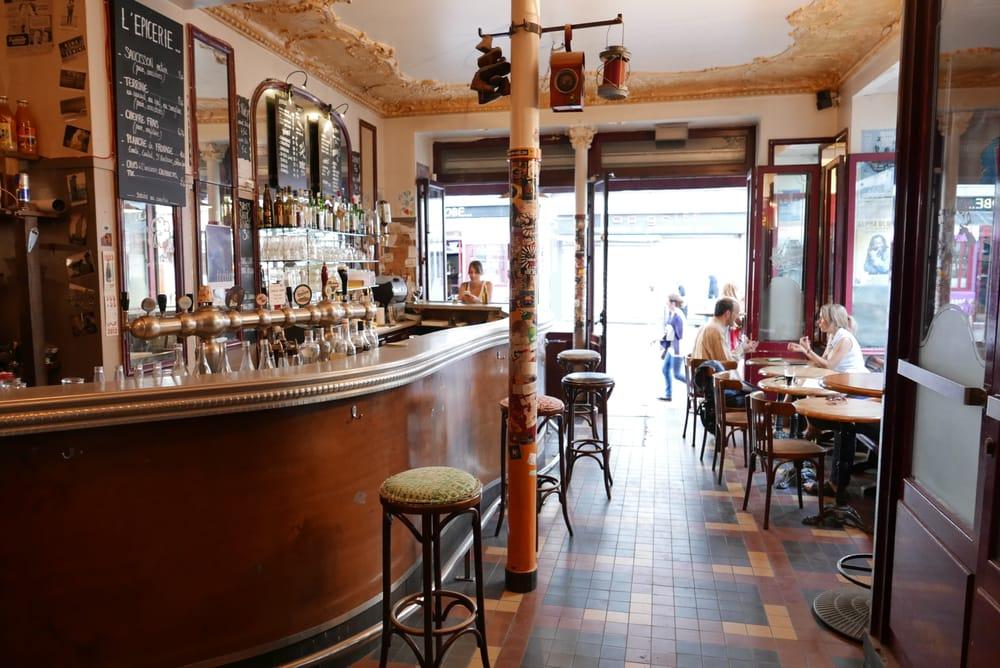 piston pelican 16 photos 23 reviews bars 15 rue de. Black Bedroom Furniture Sets. Home Design Ideas