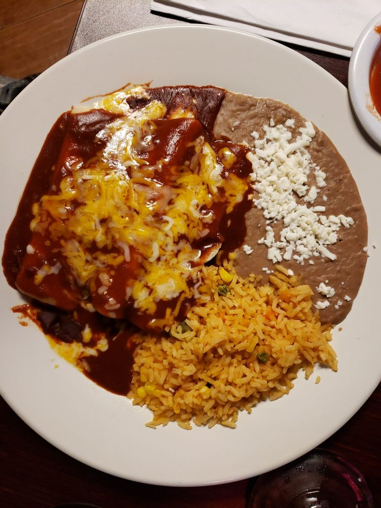 Habanero bar and grill: 6685 Eastex Fwy, Beaumont, TX