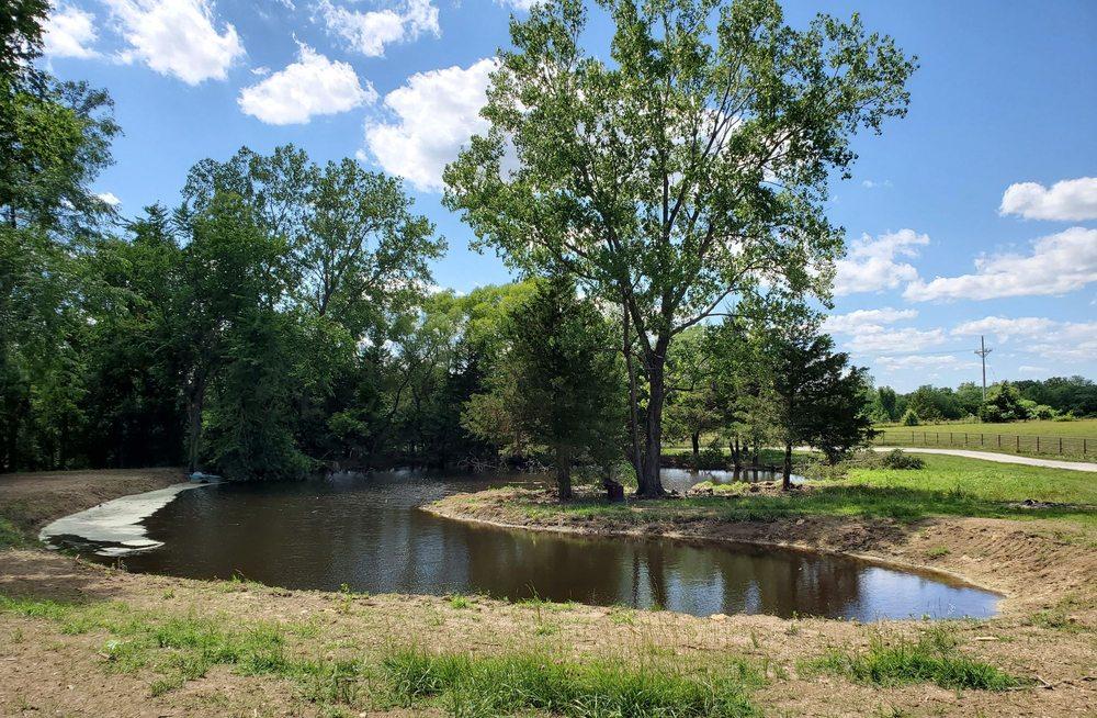 B & G Levasy Lake & Pond Stock: 36305 E Us Hwy 24, Sibley, MO