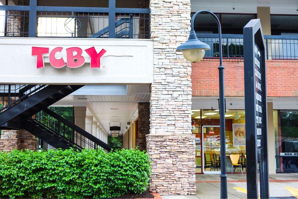 TCBY Fountain Oaks Shopping Center