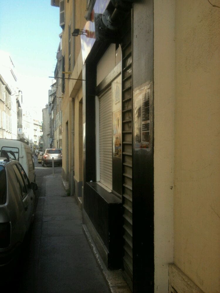 d lice pizza 64 rue saint pierre la conception marseille restaurant avis num ro de. Black Bedroom Furniture Sets. Home Design Ideas