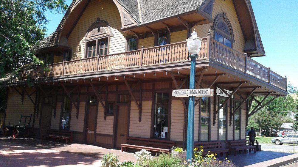 Dayton Historic Depot: 222 E Commercial Ave, Dayton, WA