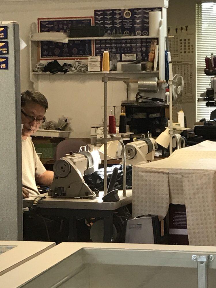 Stitch art embroidery 裁縫 裾上げ wells rd westside