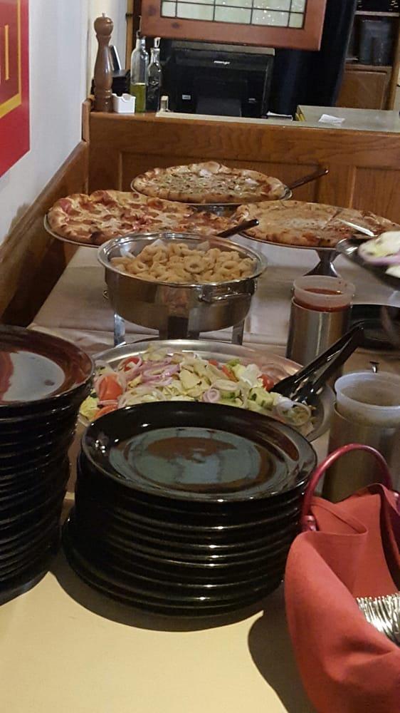 Mario's Italian Restaurant: 611 Airline Blvd, Portsmouth, VA