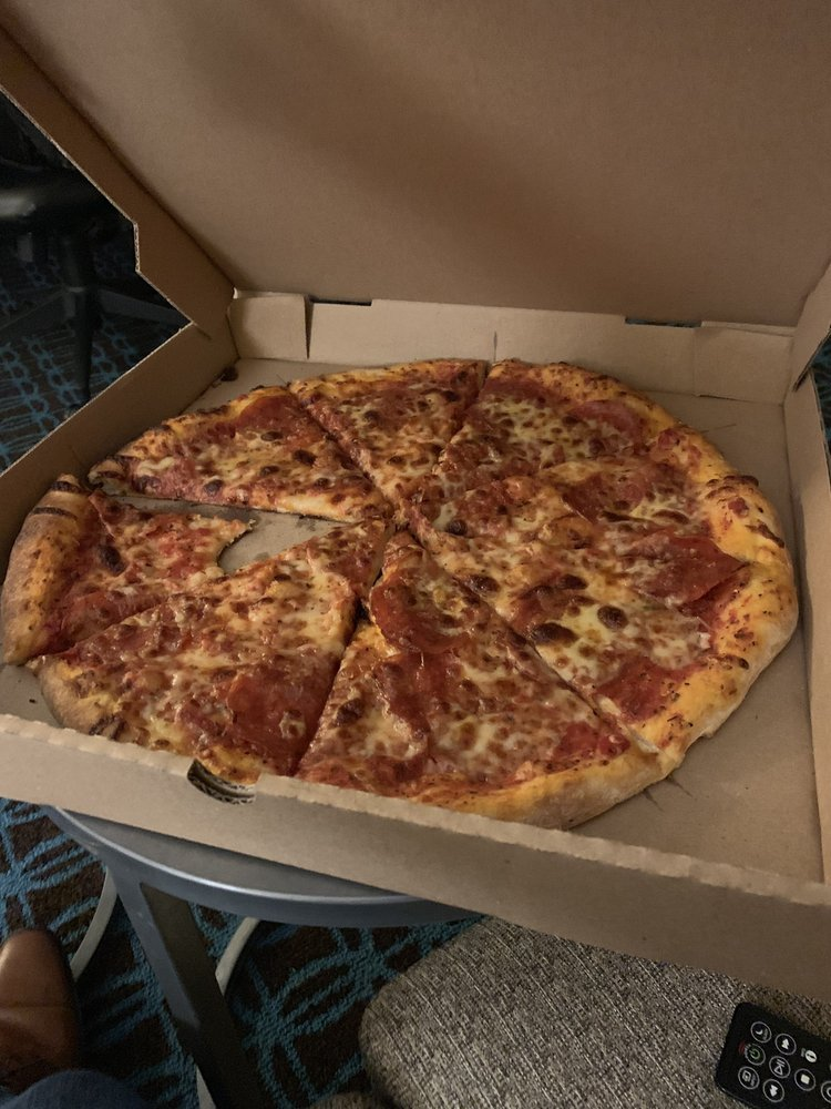 Johnny Jo's Pizzeria: 1209 W 47th St, Kansas City, MO