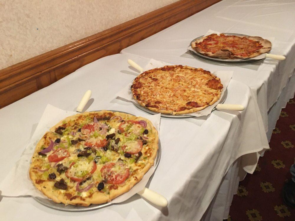 Pizza King: 1101 N Broadway, Council Bluffs, IA