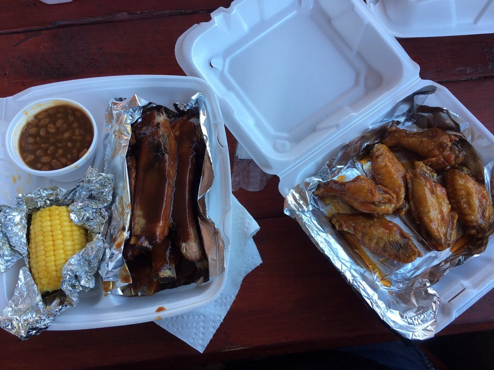 Finger Lickin BBQ and Wings