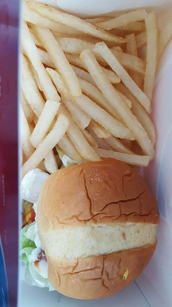 Dairy Queen Grill & Chill: 635 W Johnson St, Fond Du Lac, WI