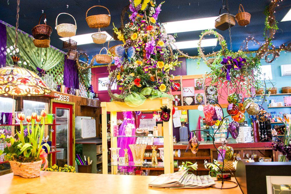 Floral Boutique: 13 N 5th St, Stroudsburg, PA