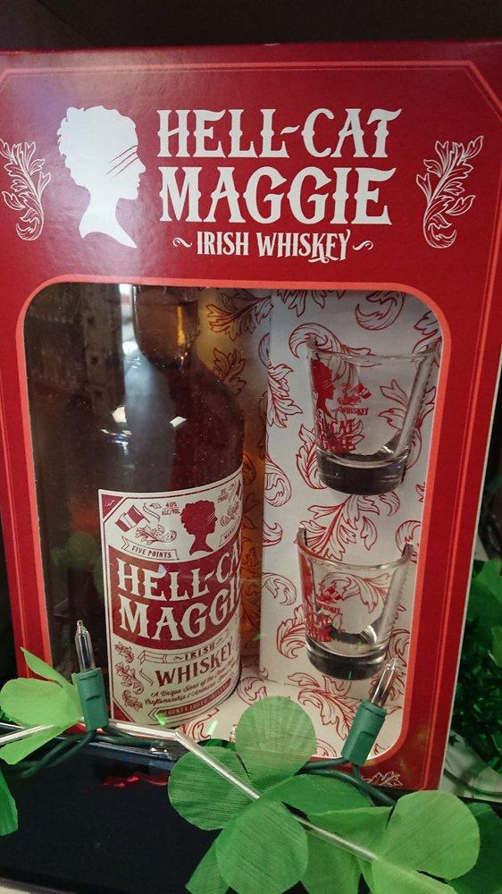 Pairott Head Liquor: 1812 N Broadway St, Pittsburg, KS
