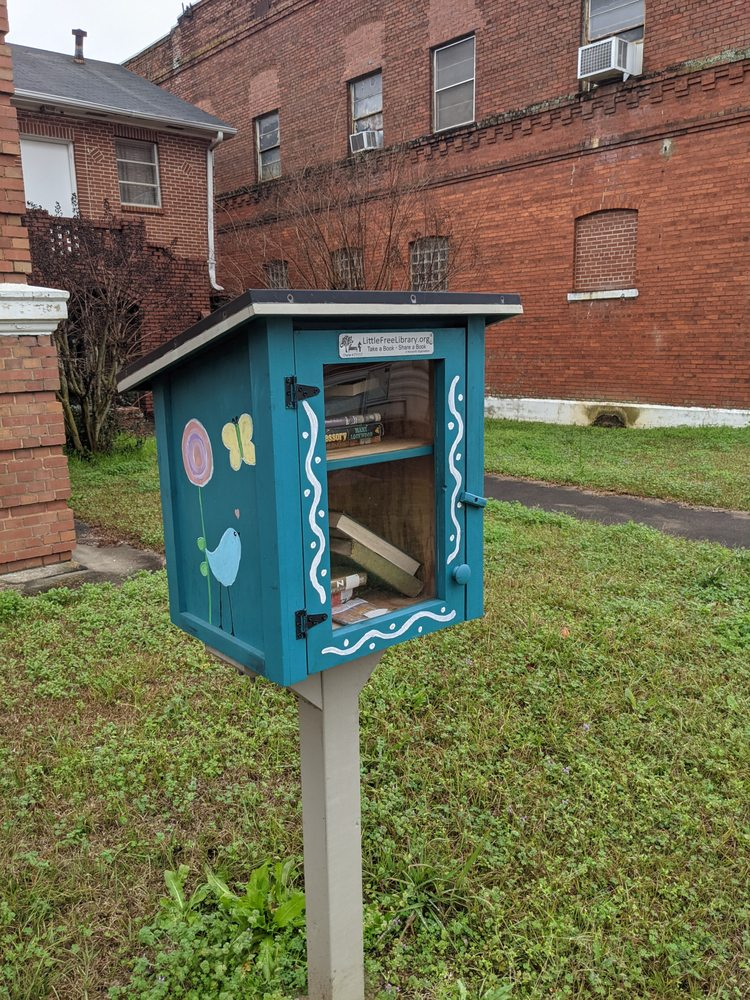 Little Free Library: 334 N Main St, Dawson, GA