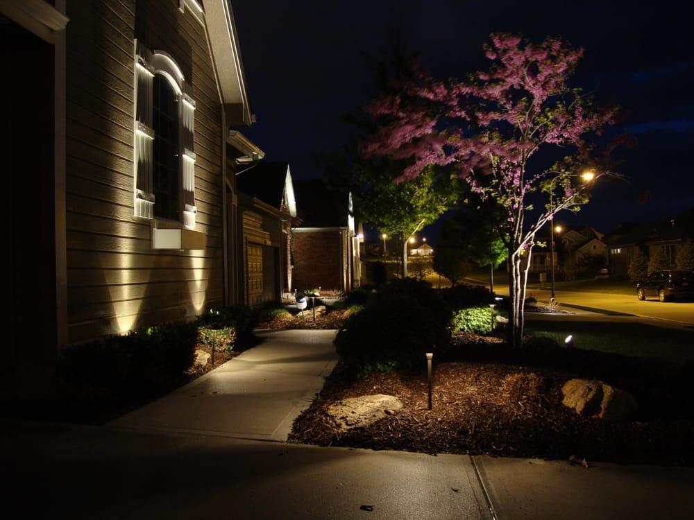 Urban Landscapes: 4775 Trail Ridge Rd, Blair, NE