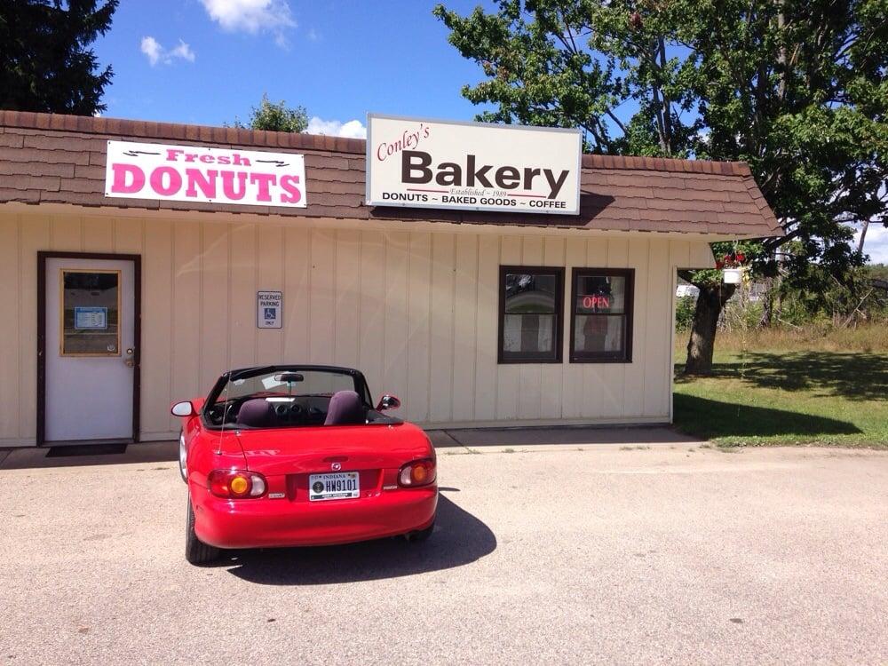 Conley's Homestyle Bakery: 10985 90th Ave, Mecosta, MI