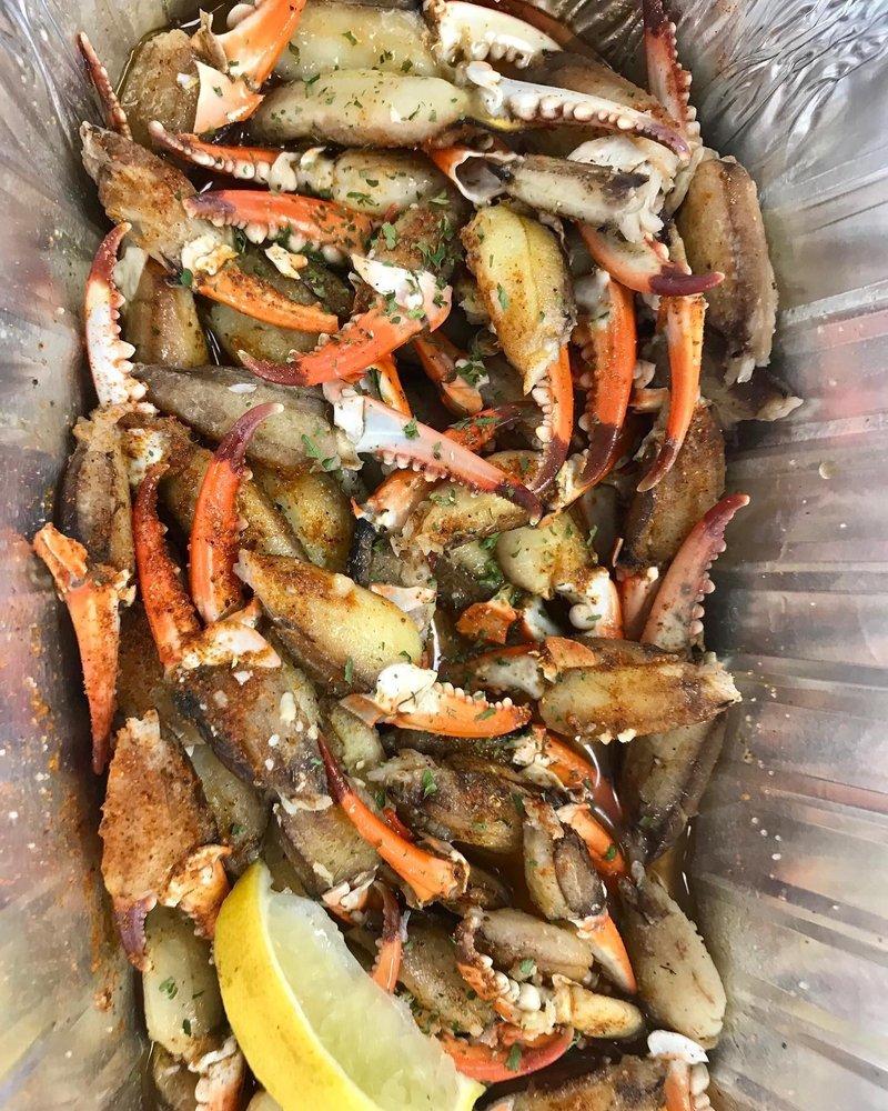 Southern Shells: 10126 Grand Bay Wilmer Rd, Grand Bay, AL