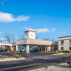 Photo Of Clarion Inn Elmhurst Oakbrook Il United States