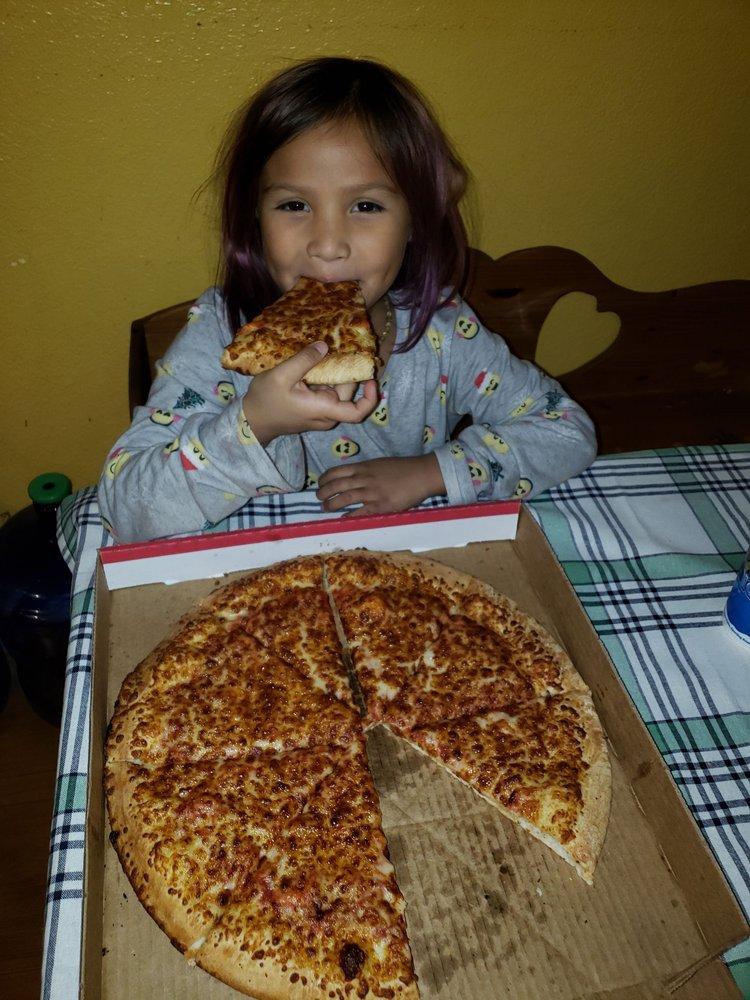 Fast 5 Pizza: 1951 E La Habra Blvd, La Habra, CA