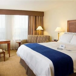 Photo Of Radisson Hotel Newark Carteret Nj United States