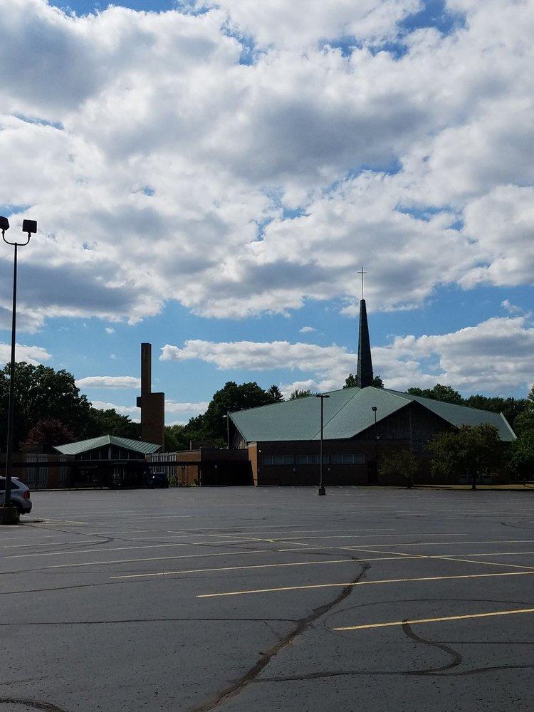 Trinity Lutheran Church & School of Clinton Twp: 38900 Harper Ave, Clinton Township, MI