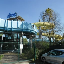 Freizeitbad atlantis 12 photos 12 reviews swimming for Schwimmbad herzogenaurach