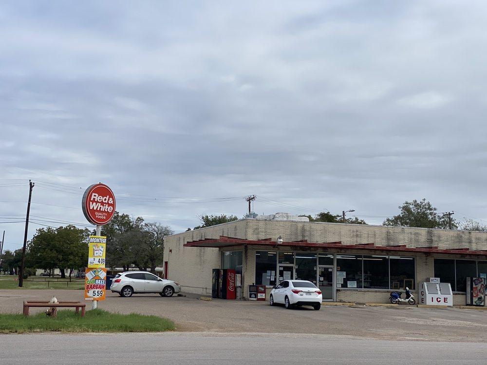 Bartlett Red & White Grocery: 212 E Bell, Bartlett, TX