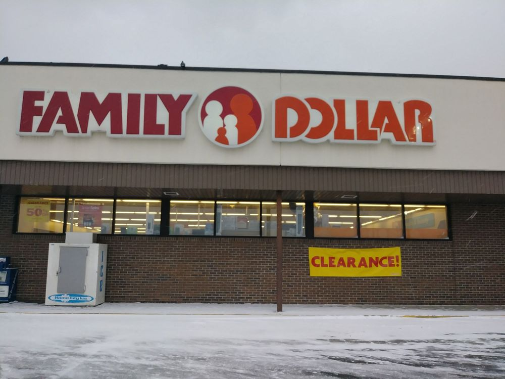 Family Dollar: 2830 Niles Ave, Saint Joseph, MI