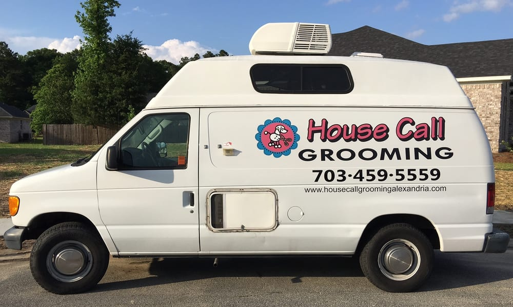 House Call Grooming Alexandria: Elmwood Dr, Alexandria, VA