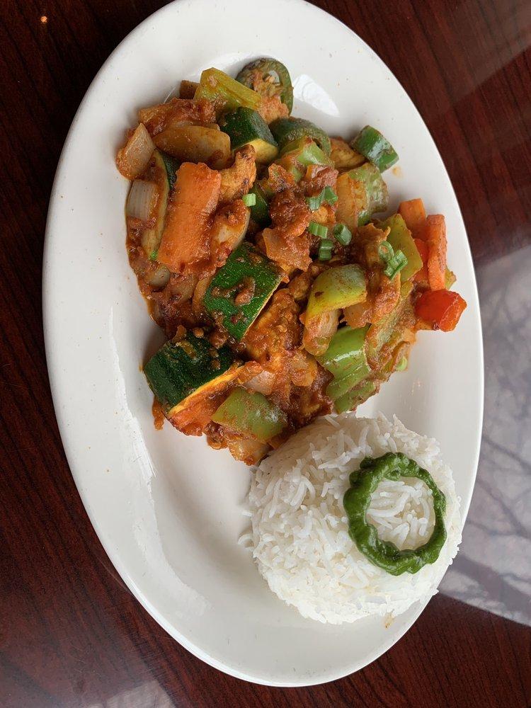 Mitho Restaurant: 831 Main St, Winchester, MA