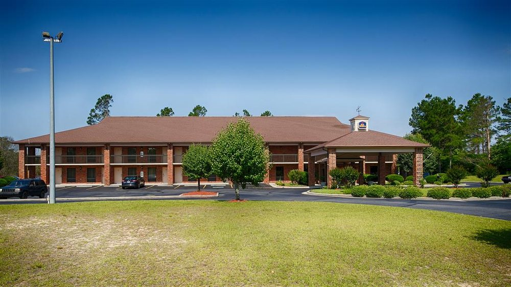Best Western Bradford Inn: 688 S Main St, Swainsboro, GA