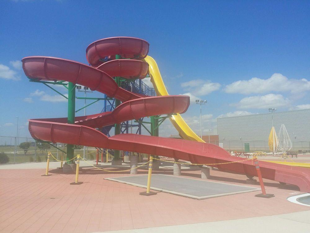 Davies Recreational Pool: 7150 25th St S, Fargo, ND