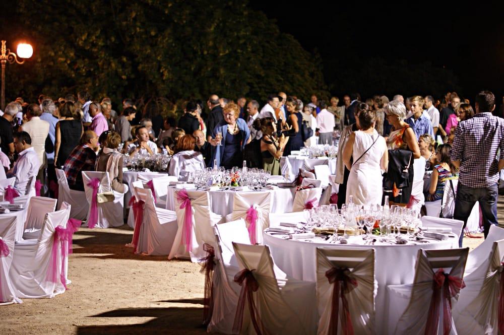 La table saint crescent 39 photos 11 avis fran ais for Ar 11 6 table 6 2