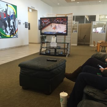 Photo Of Crown Toyota Of Lawrence   Lawrence, KS, United States. Waiting  Area