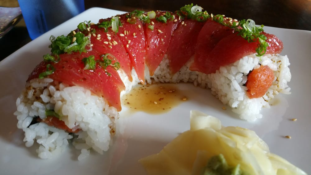 Hawaiian roll tuna on spicy tuna roll yelp for Aloha asian cuisine