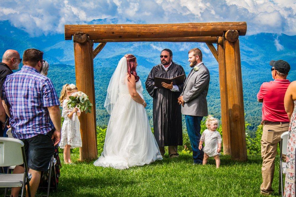 Smoky Mountain Wedding Preacher: Sevierville, TN