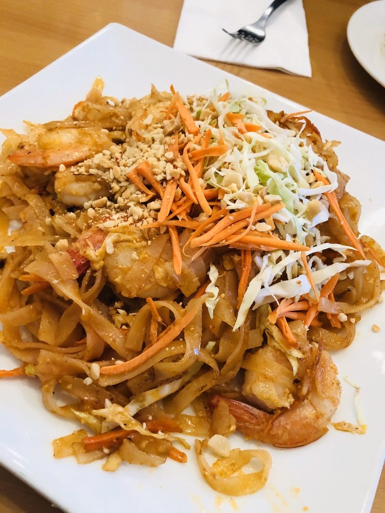 Riverwalk Thai Restaurant: 695 E Main St, Lava Hot Springs, ID